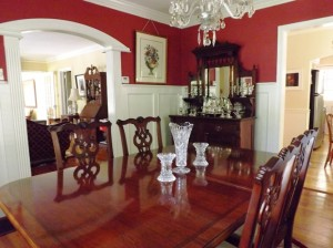 Here are some photos of the dinning room after it has been furnished.